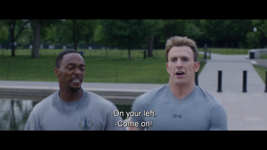キャプテン・アメリカ 左から失礼